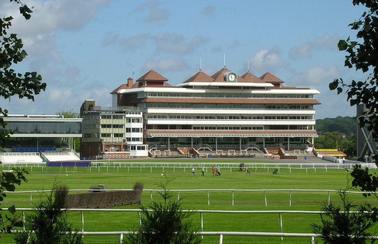 OCS secures contract with Newbury Racecourse